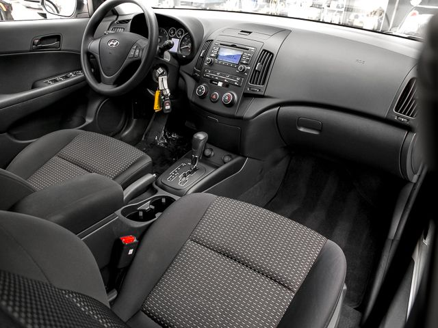 2011 Hyundai Elantra Touring GLS Burbank, CA 12