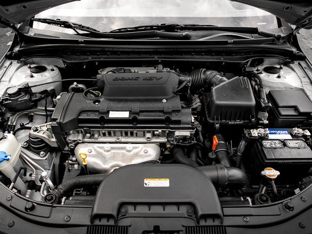 2011 Hyundai Elantra Touring GLS Burbank, CA 17
