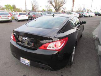 2011 Hyundai Genesis Coupe Sharp / Sprty Sacramento, CA 10