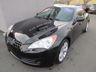 2011 Hyundai Genesis Coupe Sharp / Sprty Sacramento, CA 11