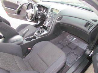 2011 Hyundai Genesis Coupe Sharp / Sprty Sacramento, CA 15