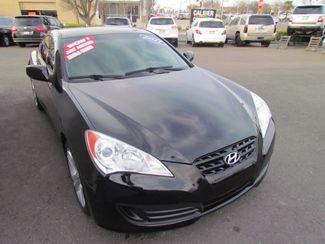 2011 Hyundai Genesis Coupe Sharp / Sprty Sacramento, CA 4