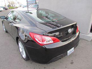 2011 Hyundai Genesis Coupe Sharp / Sprty Sacramento, CA 9
