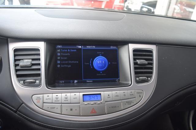 2011 Hyundai Genesis 4dr Sdn V6 Richmond Hill, New York 13