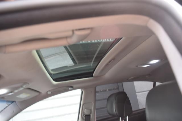 2011 Hyundai Genesis 4dr Sdn V6 Richmond Hill, New York 5