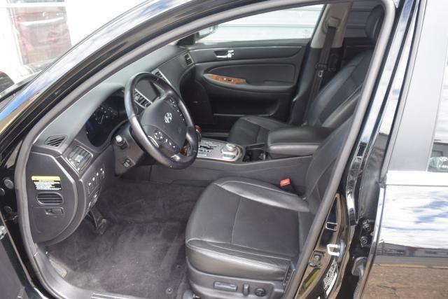 2011 Hyundai Genesis 4dr Sdn V6 Richmond Hill, New York 9