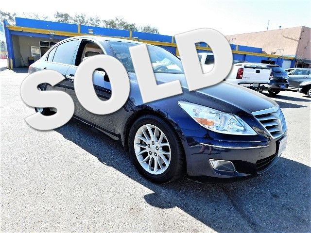 2011 Hyundai Genesis Limited warranty included to assure your worry-free purchase AutoCheck repor