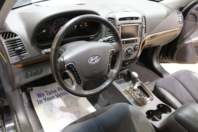 2011 Hyundai Santa Fe awd SE Roscoe, Illinois 14
