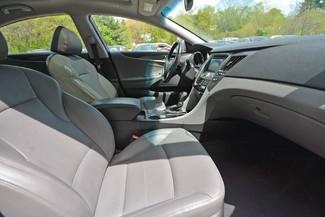 2011 Hyundai Sonata Hybrid Naugatuck, Connecticut 1