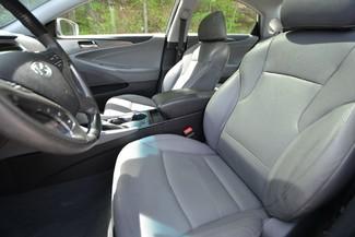 2011 Hyundai Sonata Hybrid Naugatuck, Connecticut 12