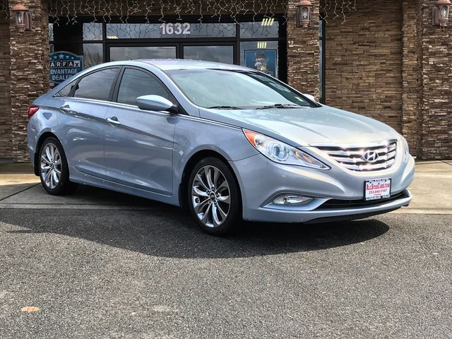 2011 Hyundai Sonata SE The CARFAX Buy Back Guarantee that comes with this vehicle means that you c