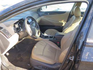 2011 Hyundai Sonata Ltd Ravenna, MI 9