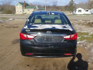 2011 Hyundai Sonata Ltd Ravenna, MI 5