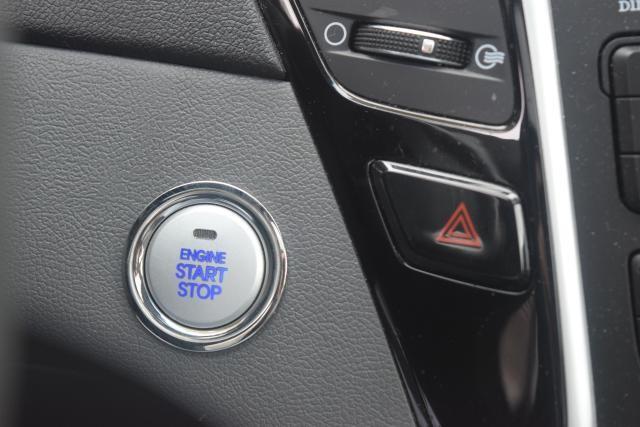 2011 Hyundai Sonata 4dr Sdn 2.0L Auto Richmond Hill, New York 13