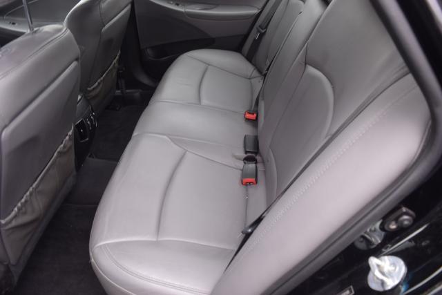 2011 Hyundai Sonata 4dr Sdn 2.0L Auto Richmond Hill, New York 6