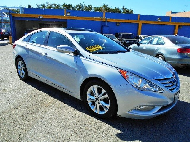 2011 Hyundai Sonata SE | Santa Ana, California | Santa Ana Auto Center in Santa Ana California