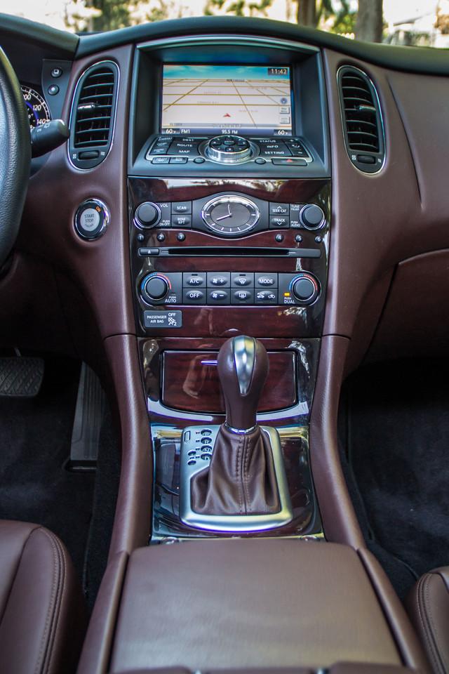 2011 Infiniti EX35 Journey - 56K MILES - NAVI- HTD STS Reseda, CA 28