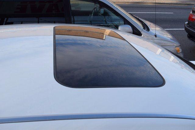 2011 Infiniti M37 4dr Sdn AWD Richmond Hill, New York 8