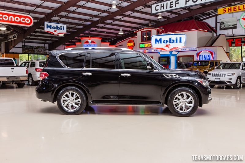 2011 Infiniti QX56 8-passenger  in Addison, Texas