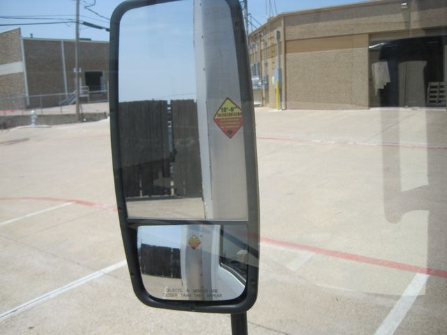 2011 Isuzu NPR Diesel, 14ft Box Van with Liftgate, 1 Owner, Ready to Work, Low Miles Plano, Texas 21