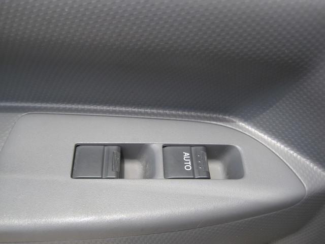 2011 Isuzu NPR Diesel 14Ft Box Van With Liftgate, 1 Owner, L@@K ONLY 54k MILES Plano, Texas 21