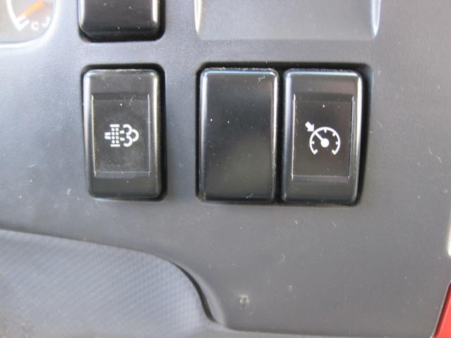 2011 Isuzu NPR Diesel 14Ft Box Van With Liftgate, 1 Owner, L@@K ONLY 54k MILES Plano, Texas 23