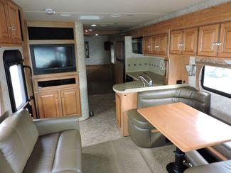 2011 Itasca Suncruiser 32H Bend, Oregon 11