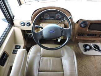 2011 Itasca Suncruiser 32H Bend, Oregon 8