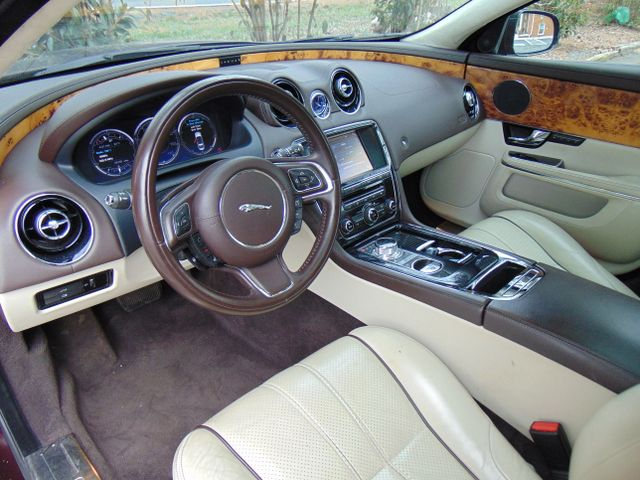 2011 Jaguar XJ XJL Leesburg, Virginia 16