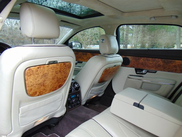 2011 Jaguar XJ XJL Leesburg, Virginia 30
