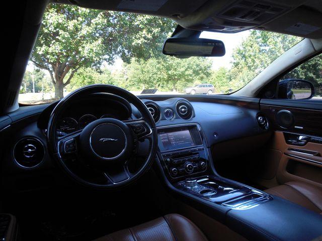 2011 Jaguar XJ XJL Supercharged Leesburg, Virginia 14