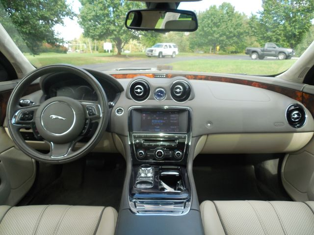 2011 Jaguar XJ XJL Leesburg, Virginia 19