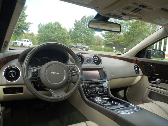 2011 Jaguar XJ XJL Leesburg, Virginia 18