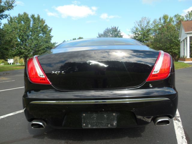 2011 Jaguar XJ XJL Leesburg, Virginia 9