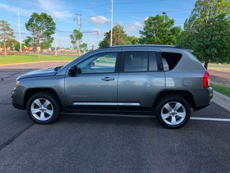 2011 Jeep Compass 4x4 Maple Grove, Minnesota 4