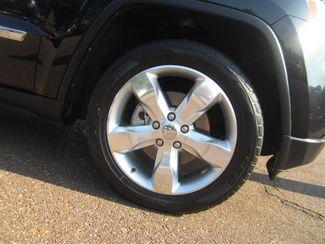 2011 Jeep Grand Cherokee Overland Summit Batesville, Mississippi 16