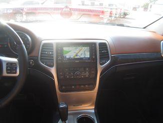 2011 Jeep Grand Cherokee Overland Summit Batesville, Mississippi 23