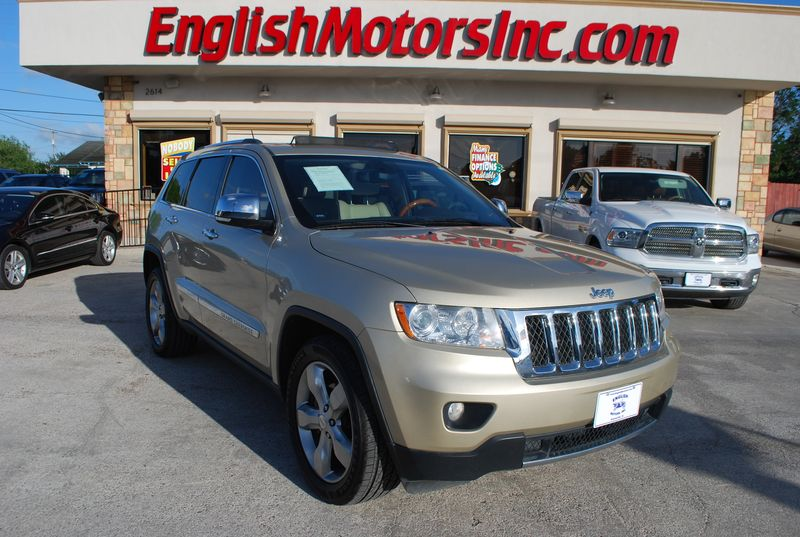 2011 Jeep Grand Cherokee Overland  Brownsville TX  English Motors  in Brownsville, TX