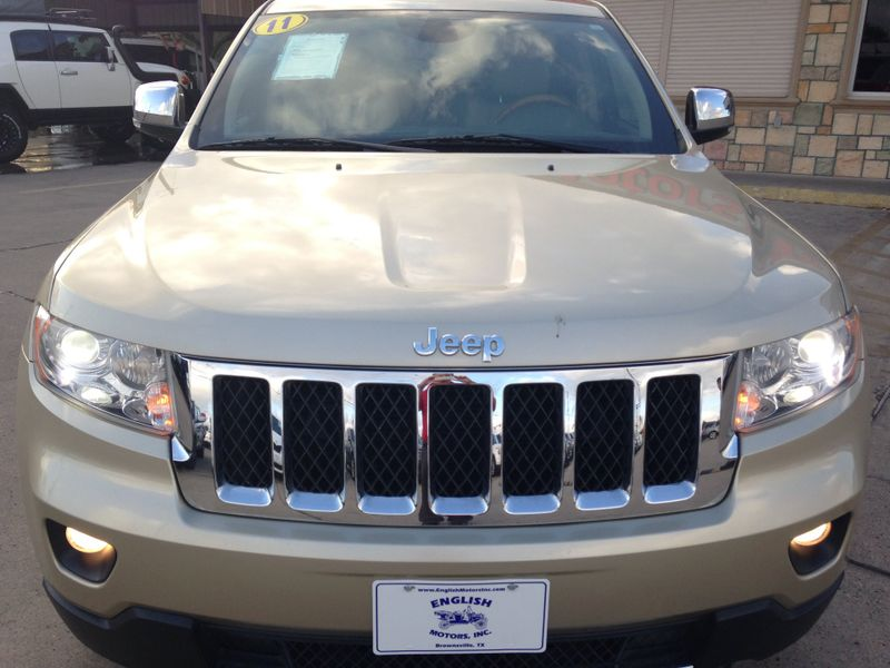 2011 Jeep Grand Cherokee Overland  Brownsville TX  English Motors  in Brownsville, TX