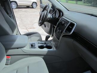 2011 Jeep Grand Cherokee Laredo 4x4 Houston, Mississippi 8