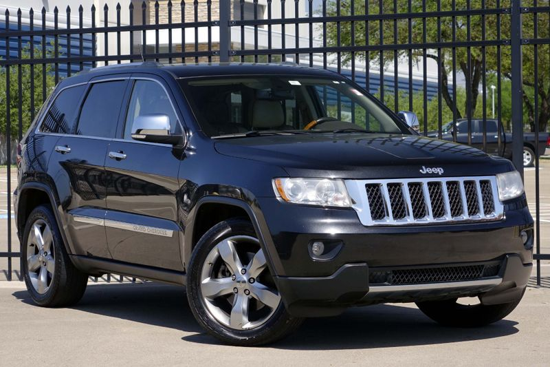 2011 Jeep Grand Cherokee Overland* 4x4* Leather* Sunroof* EZ Finance ...
