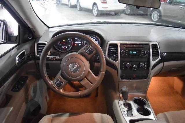 2011 Jeep Grand Cherokee Laredo Richmond Hill, New York 8