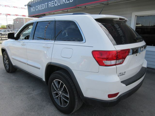 2011 Jeep Grand Cherokee, PRICE SHOWN IS THE DOWN PAYMENT south houston, TX 2