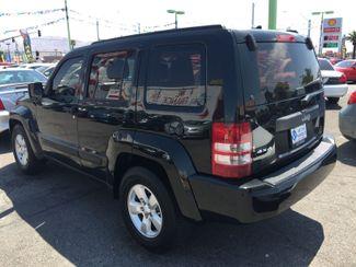2011 Jeep Liberty Sport AUTOWORLD (702) 452-8488 Las Vegas, Nevada 2