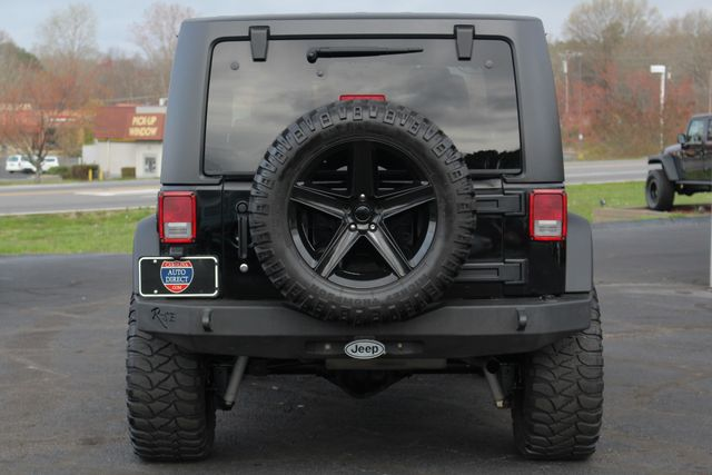 2011 Jeep Wrangler Rubicon 4x4 - LIFTED - NAV - LOT$ OF EXTRA$! Mooresville , NC 17