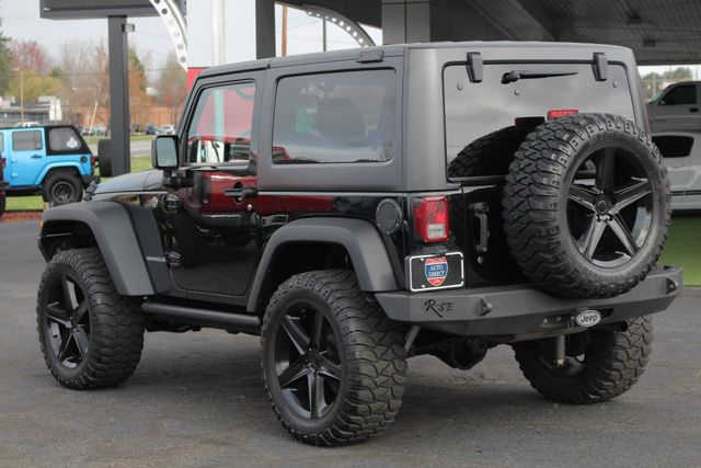 2011 Jeep Wrangler Rubicon 4x4 - LIFTED - NAV - LOT$ OF EXTRA$! Mooresville , NC 25