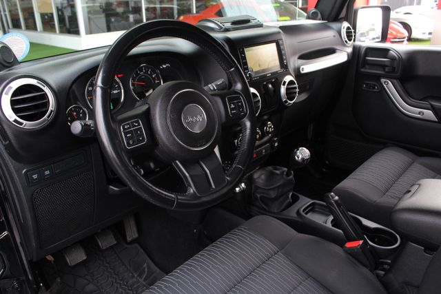 2011 Jeep Wrangler Rubicon 4x4 - LIFTED - NAV - LOT$ OF EXTRA$! Mooresville , NC 39