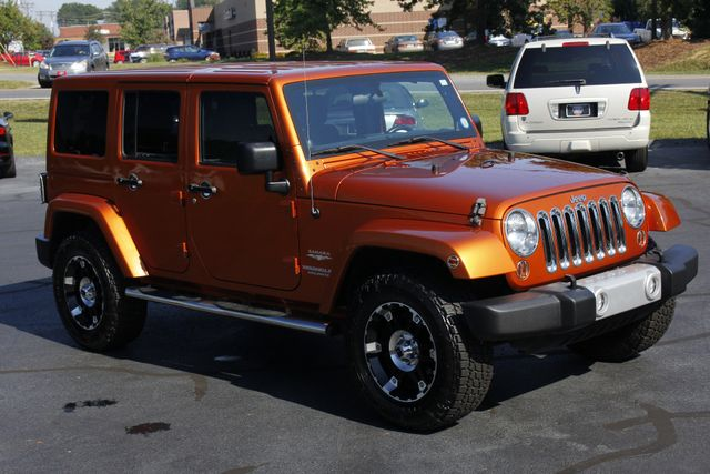 2011 Jeep Wrangler Unlimited Sahara 4X4 - CUSTOM WHEELS/TIRES! Mooresville , NC 22