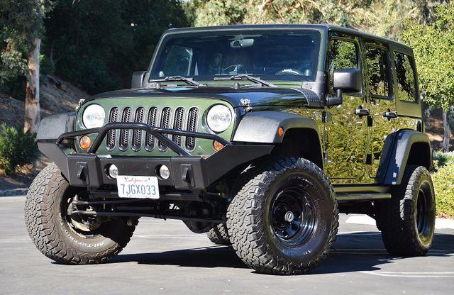2011 Jeep Wrangler Unlimited Rubicon Reseda, CA 25