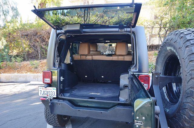 2011 Jeep Wrangler Unlimited Rubicon Reseda, CA 46